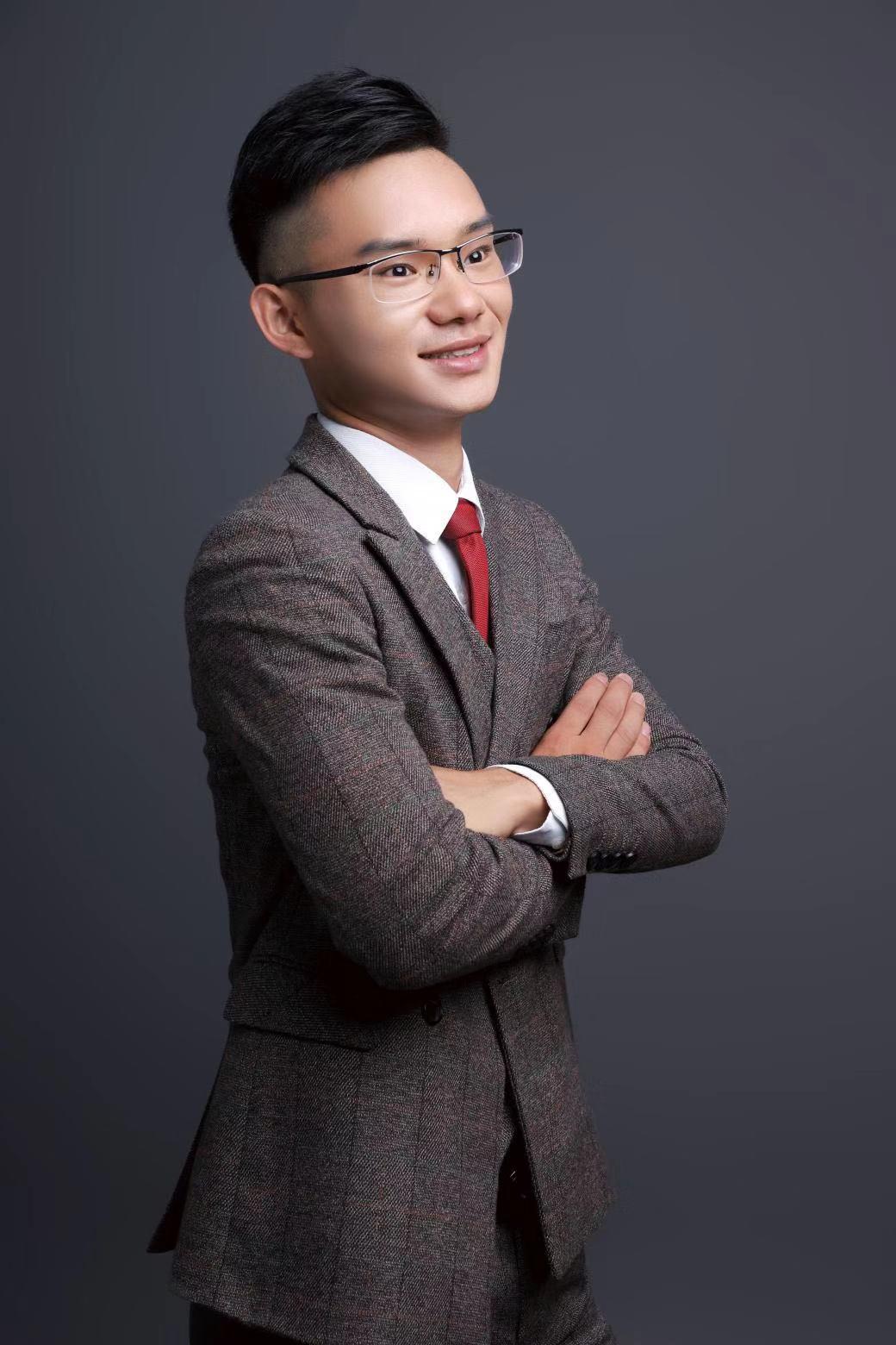 常州吴小刚设计师