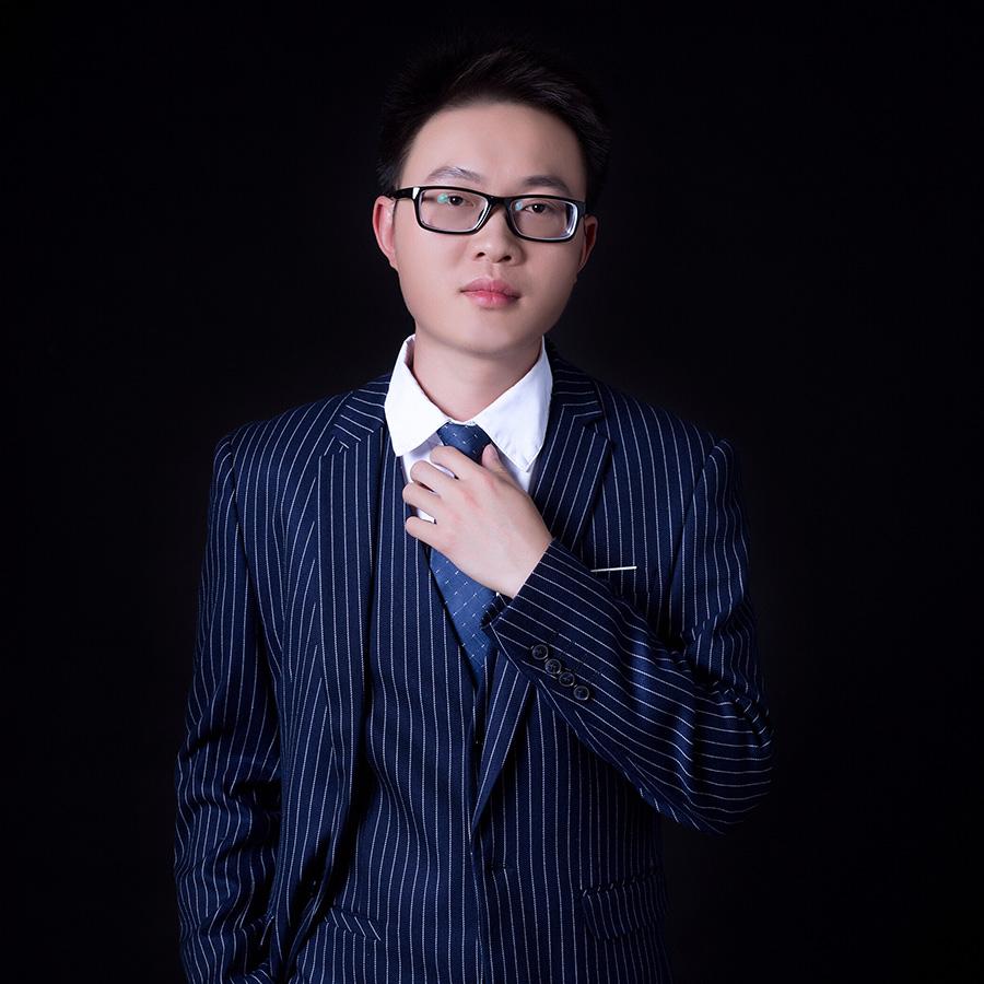 南宁张伟彬设计师