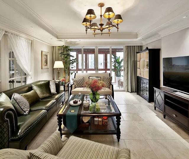 大户型美式风格装修效果图,橄榄绿沙发配实木家具很亮眼