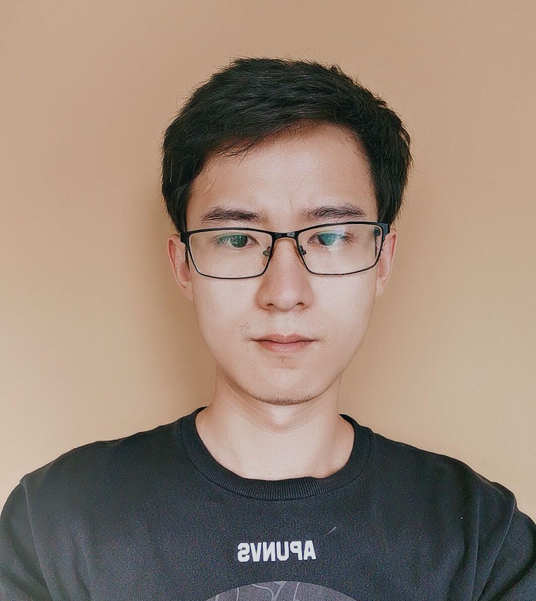 昆明刘周设计师