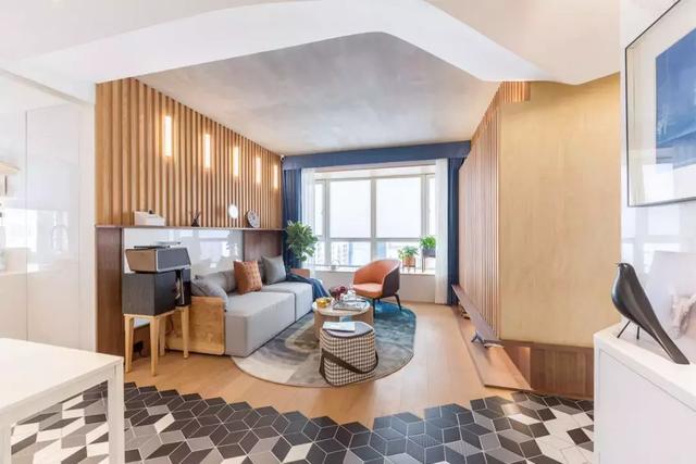 53㎡原木简约风新房装修效果图,大量的原木装饰让家更显温馨