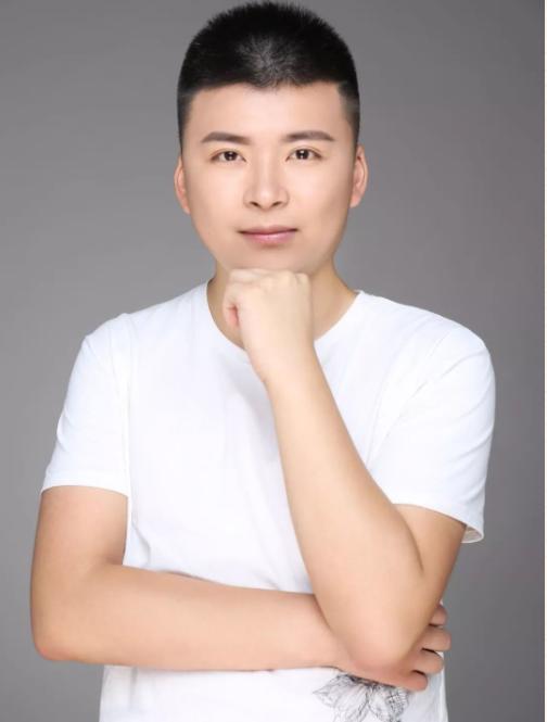 杭州潘朱鹏设计师