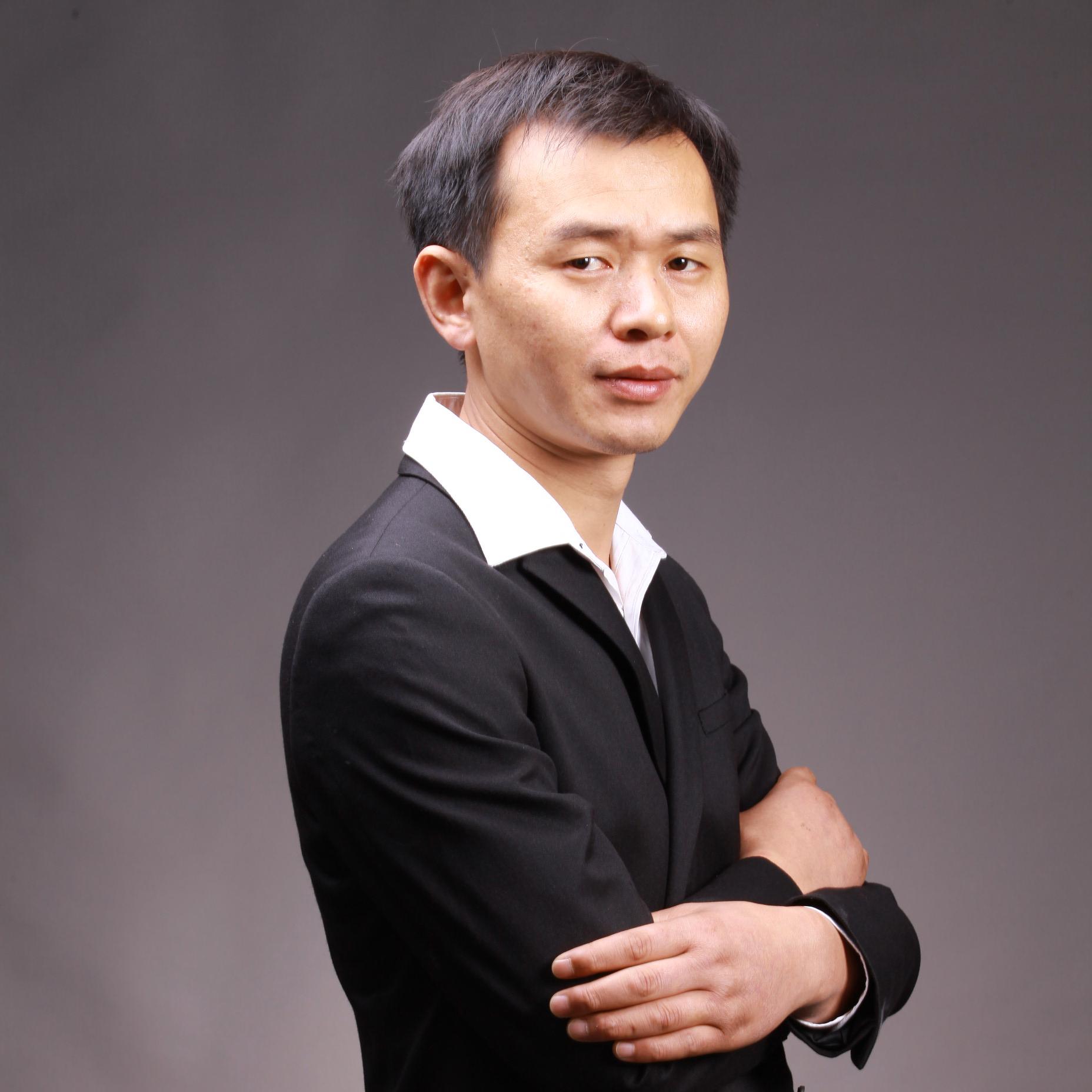 扬州郑宏华设计师