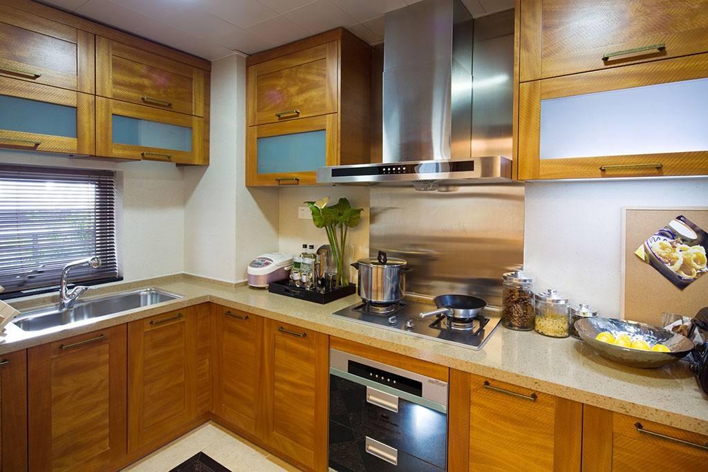 厨房门对着客厅门好吗?厨房门对客厅有忌讳吗?