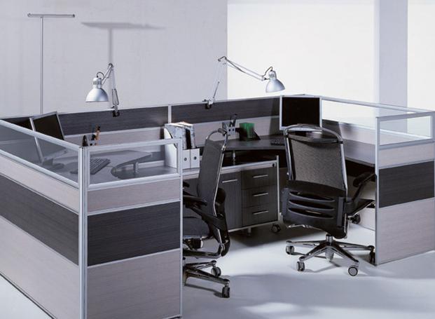 女性办公桌适合摆放什么?女性办公桌风水摆放图