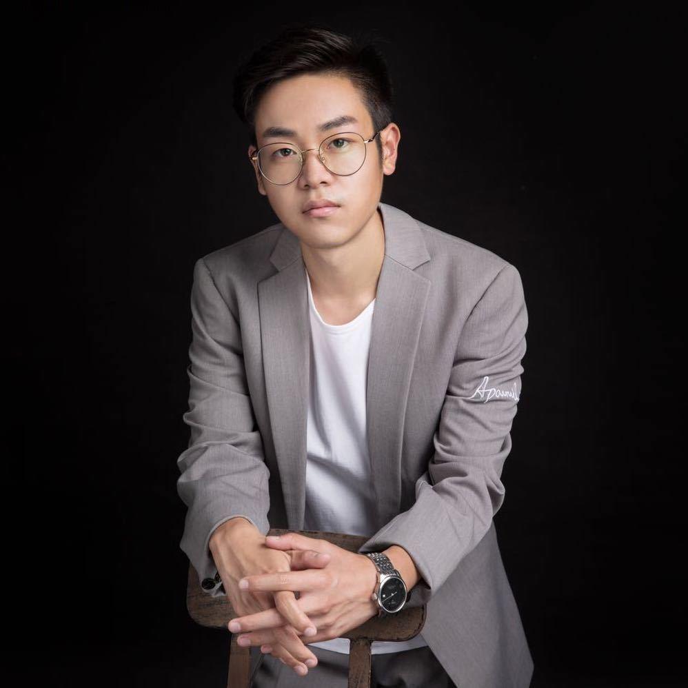 青岛梁帅设计师